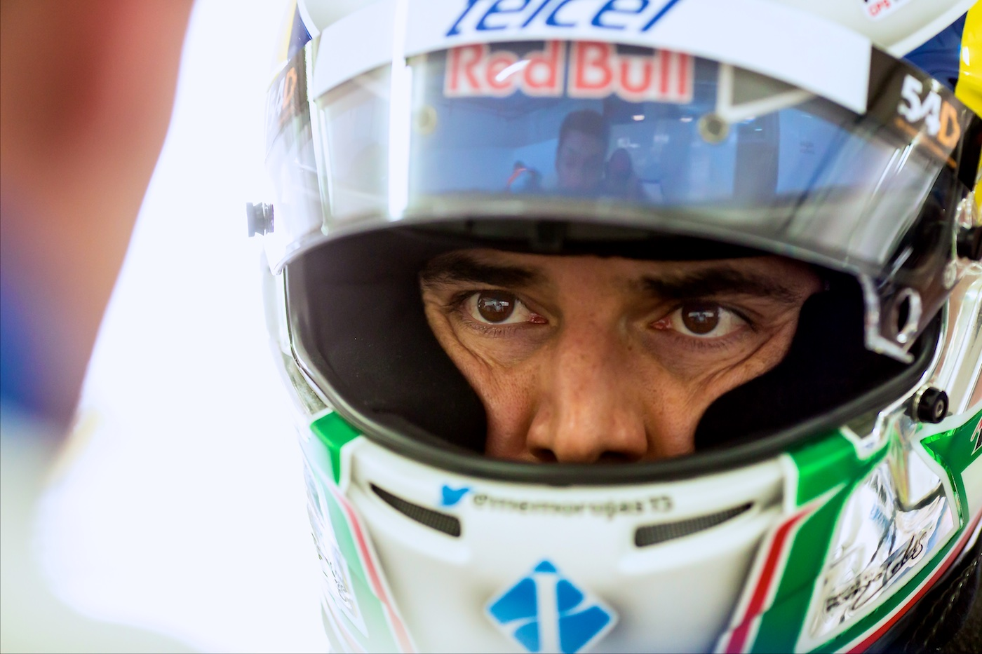 Greaves confirm Rojas Jr. for 2016